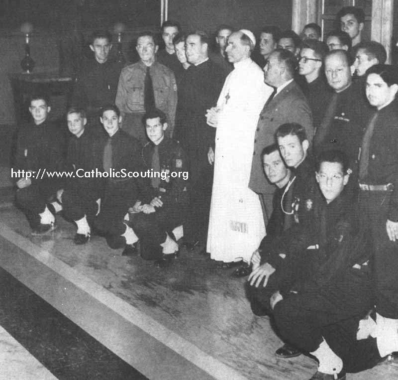 1950 Pius XII with Scouts